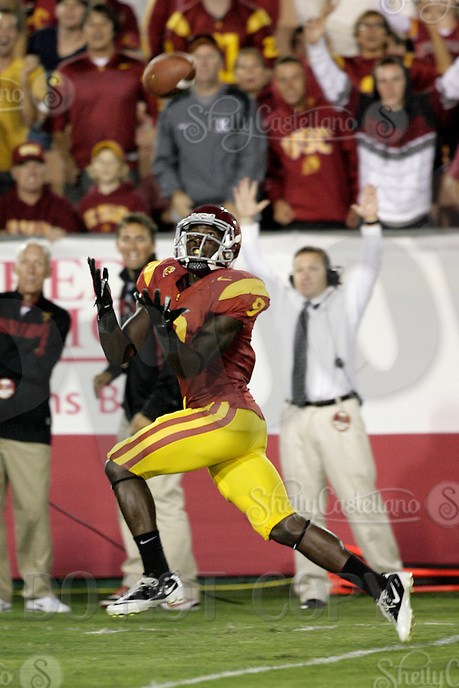 September 17, 2011:  #9 Marquise Lee catches the 43yard pass from Barkley to score in the third quarter. NCAA College football game for the Big East Syracuse Orange visiting the Pac-12 USC Trojans for the first time since 1924 inside the Los Angeles Memorial Coliseum. Final Score was USC 38 Orange 17