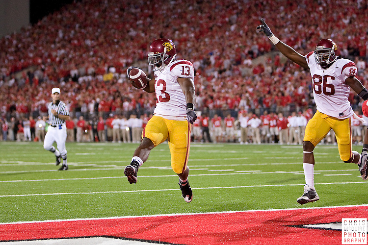 12 September 2009:  Football -- USC running back Stafon Johnson scores the game-winning touchdown against Ohio State at Ohio Stadium in Columbus.  USC won 18-15.  Photo by Christopher McGuire.