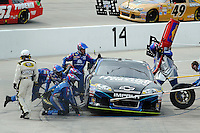 30 March - 1 April, 2012, Martinsville, Virginia USA.Kasey Kahne, and crew pit stop on pit road.(c)2012, Scott LePage.LAT Photo USA