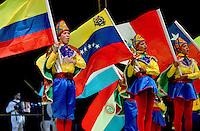 BARRANQUILLA-COLOMBIA- 11-02-2017: Danza de Paloteo Luis Soto participante en La Fiesta de Danzas y Cumbias del Carnaval de Barranquilla 2016 invita a todos los colombianos a contagiarse del Jolgorio general encabezado por su reina Marcela Garcia Caballero. Este desorden organizado dará la oportunidad de apreciar a propios y extraños el desfile de danzas, disfraces y hacedores del carnaval que la convierten en una de las festividades más importantes del país y que se lleva a cabo hasta el 9 de febrero de 2016. / Danza de Paloteo Luis Soto paticipant of The party of Dances and Cumbias of Carnaval de Barranquilla 2016 invites all Colombians to catch the general reverly led by their Queen Marcela Garcia Caballero. This organized disorder gives the oportunity to appreciate, by friends and strangers, the parade of dancers, customes and carnival makers that make it one of the most important festivals of the country and take place until February 9, 2016.  Photo: VizzorImage / Alfonso Cervantes / Cont