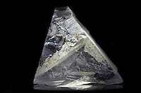 Apophyllite crystal, common healing properties are serenirty and quiet that help one focus and move forward