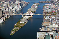 aerial photograph Roosevelt Island, Queensborough bridge, Manhattan, New York City