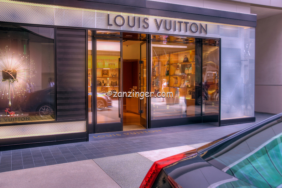 Louis Vuitton, avant-garde of fashion, Store, Santa Monica Place, shopping mall, open-air design, Santa Monica; CA