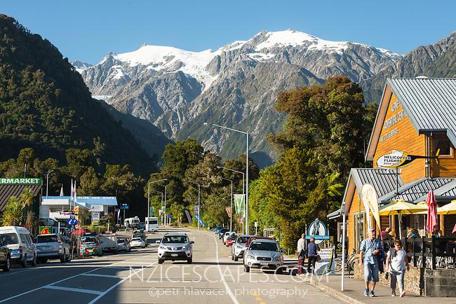 Franz Josef Glacier township with Southern Alps in background, Westland Tai Poutini National Park, West Coast, South Westland, UNESCO World Heritage Area, New Zealand, NZ