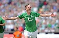 FUSSBALL   1. BUNDESLIGA   SAISON 2011/2012    1. SPIELTAG SV Werder Bremen - 1. FC Kaiserslautern             06.08.2011 Markus ROSENBERG (Bremen) jubelt nach seinem Tor zum 1:0
