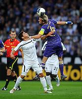 FUSSBALL   DFB POKAL   SAISON 2011/2012  1. Hauptrunde VfL Osnabrueck - TSV 1860 Muenchen                29.07.2011 Kevin VOLLAND (li, Muenchen) gegen Claus COSTA (re, Osnabreuck)