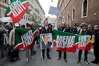 Silvio Berlusconi decade da senatore