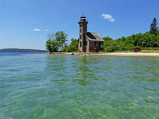 Grand Island East Channel Lighthouse lighthouses in the Upper Peninsula of Michigan