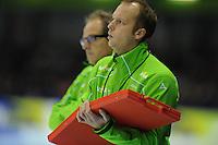 SCHAATSEN: HEERENVEEN: 26-10-2013, IJsstadion Thialf, NK afstanden, Sicco Janmaat (assistent-trainer Team Activia), ©foto Martin de Jong
