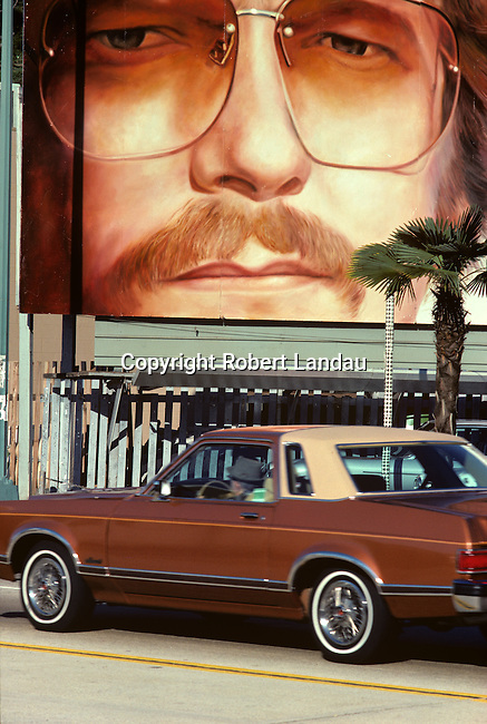 Gordon Lightfoot Billboard on thesunset Strijp in Los Angeles, CA