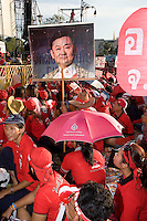 Thailand 2009 Bangkok Red-shirted supporters Thaksin