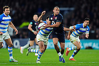 Jonathan Joseph of England in possession. Old Mutual Wealth Series International match between England and Argentina on November 26, 2016 at Twickenham Stadium in London, England. Photo by: Patrick Khachfe / Onside Images