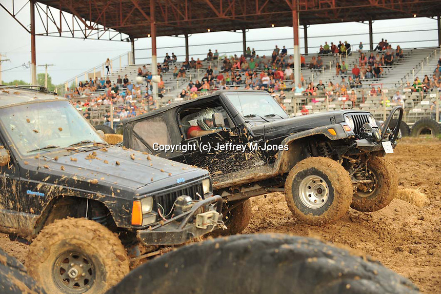 4x4 Mud Races 072314