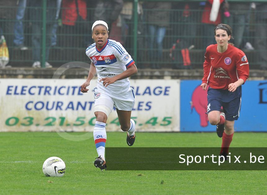 1/2 finale Coupe De France in Arras , stade Degouve : Arras - Olympique Lyonnais Lyon : Elodie Thomis.foto JOKE VUYLSTEKE / Vrouwenteam.be