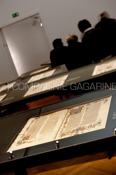 The Anjou Bibel exhibition in the M Museum, Leuven (Belgium, 17/10/2010)