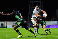 Elliott Stooke of Bath Rugby looks to offload the ball. European Rugby Challenge Cup match, between Pau (Section Paloise) and Bath Rugby on October 15, 2016 at the Stade du Hameau in Pau, France. Photo by: Patrick Khachfe / Onside Images