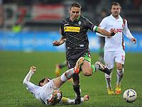 FUSSBALL   1. BUNDESLIGA  SAISON 2011/2012   16. Spieltag FC Augsburg - Borussia Moenchengladbach            10.12.2011 Paul Verhaegh (li, FC Augsburg) gegen Filip Daems (Borussia Moenchengladbach)