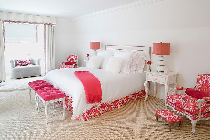Classic romantic bedroom