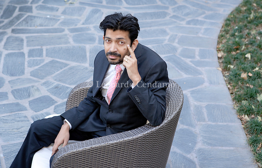 "Siddhartha Mukherjee, writer. The Pulitzer award citation described The Emperor of All Maladies as ""an elegant inquiry, at once clinical and personal, into the long history of an insidious disease that, despite treatment breakthroughs, still bedevils medical science"". Milan, 2011.  © Leonardo Cendamo"