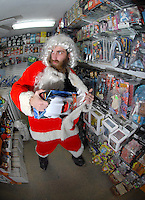 Santa Claus is spotted shoplifting at a Oxford comics in Atlanta, Georgia. During hard economic times even Santa Claus is forced to desperate measures.