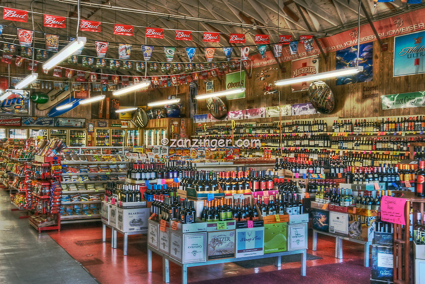 Market, Liquor Store at the California St. intersection, Abbot Kinney Blvd, Venice, CA High dynamic range imaging (HDRI or HDR)