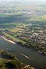 Luftaufnahme vom Rhein bei Mainz-Laubenheim (rechts) und Bodenheim (im Hintergrund) in Rheinhessen<br /> <br /> View over the river Rhine near Mainz