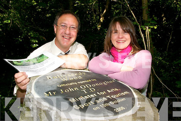 .INFORMATION: Kevin Boyle (Kerry County Council) and Cathy Fisher (Temperory Heritage Officer, Kerry County Council) are asking the public to assist them as part of a consultation process at Ballyseedy Wood in Tralee.   Copyright Kerry's Eye 2008