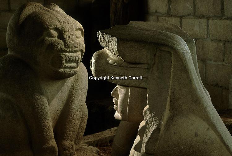 Olmec,San Lorenzo, Los Azuzules, Figurines, Jaguar, King, Ancient Cultures, Americas, archaeology, artifact, Ann Cyphers