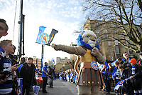 Bath Rugby mascot Maximus during the pre-match 'Tunnel of Noise'. European Rugby Champions Cup match, between Bath Rugby and RC Toulon on January 23, 2016 at the Recreation Ground in Bath, England. Photo by: Patrick Khachfe / Onside Images