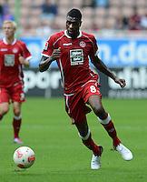 Fussball 2. Bundesliga:  Saison   2012/2013,    3. Spieltag  1. FC Kaiserslautern - TSV 1860 Muenchen   26.08.2012 Mohamadou Idrissou (1. FC Kaiserslautern)