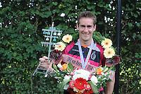 KAATSEN: BITGUM: Hoofdklasse kaatsen, winnaars Martijn Olijnsma, Marten Feenstra en Pier Piersma (koning), ©foto Martin de Jong