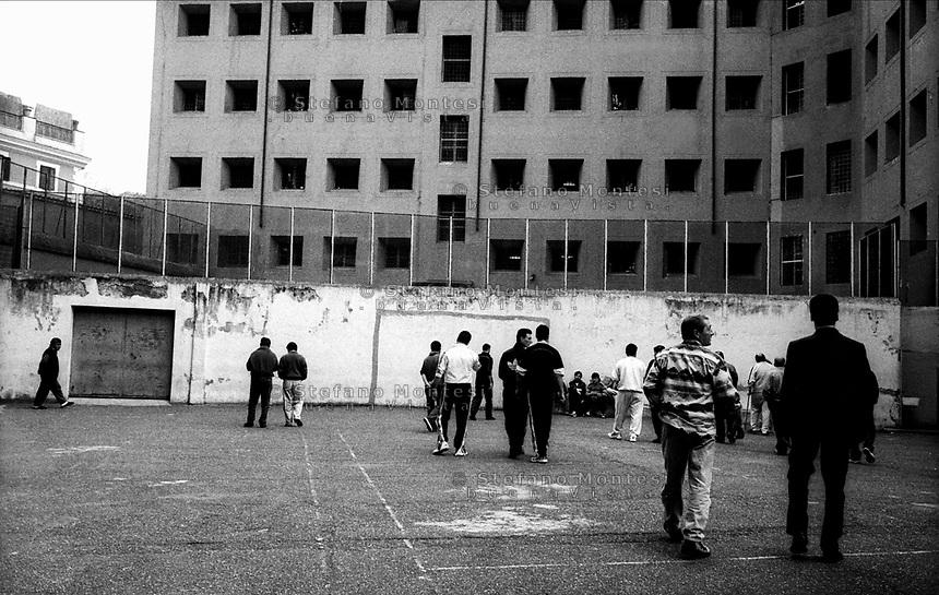 Roma 2000.Carcere di Regina Coeli .L'ora d'aria . Regina Coeli (Queen of Heaven) Prison..The time of air