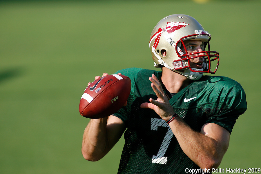TALLAHASSEE, FL 8/8/10-FSU-080810 CH-Florida State's Christian Ponder looks for a receiver during practice Sunday in Tallahassee. .COLIN HACKLEY PHOTO