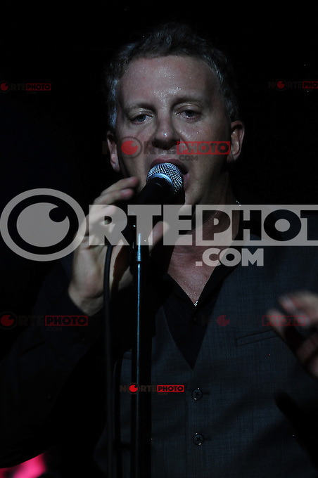 MIAMI, FL - JUNE 06: Singer/songwriter Simon Richards performs songs from his debut album 'Kaleidoscope worlds' showcase at The Stage on June 6, 2012 in Miami, Florida. (photo by: MPI10/MediaPunch Inc.) ***NO GERMANY***NO AUSTRIA***