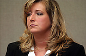 Sherry Fowler, an employee of a commercial real estate firm in Montgomery, Alabama, testifies during the John Allen Muhammad trial at the Virgina Beach Circuit Court  in Virginia Beach, Virginia on October 24, 2003. <br /> Credit: Davis Turner - Pool via CNP