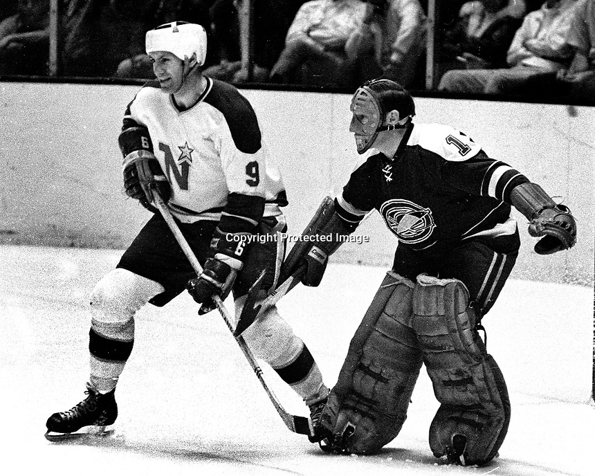 Seals vs NorthStars 1970 photo, Charlie Burns and Charlie Hodge.  (photo by Ron Riesterer)