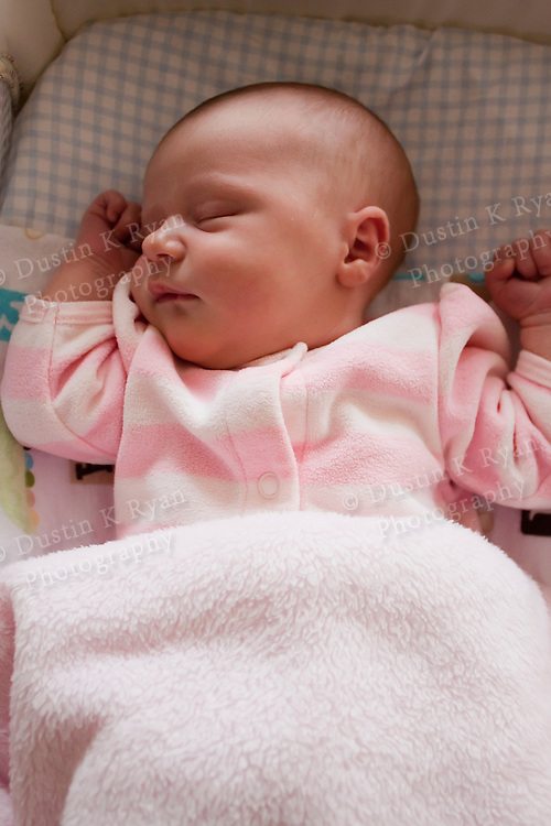 baby girl (Jan 01 2013 13:05:59) ~ Picture Gallery