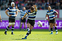 George Ford of Bath Rugby kicks for the posts. European Rugby Challenge Cup Semi Final, between Stade Francais and Bath Rugby on April 23, 2017 at the Stade Jean-Bouin in Paris, France. Photo by: Patrick Khachfe / Onside Images