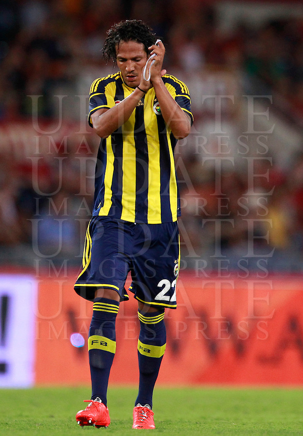 Calcio, amichevole Roma vs Fenerbahce. Roma, stadio Olimpico, 19 agosto 2014.<br /> Fenerbache defender Bruno Alves celebrates after scoring during the friendly match between AS Roma and Fenerbahce at Rome's Olympic stadium, 19 August 2014.<br /> UPDATE IMAGES PRESS/Isabella Bonotto