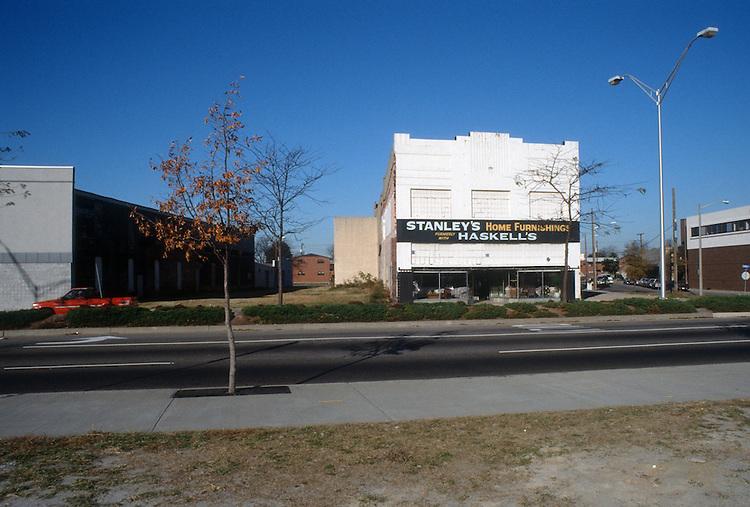 1989 December 01..Redevelopment.Church Street..STANLEY'S HOME FURNISHINGS...NEG#.NRHA#..