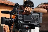 Lavoratori dello spettacolo durante le riprese cinematografiche.Workers in the entertainment during the filming..