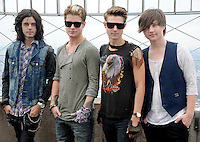 Hot Chelle Rae visits the Empire State Building - New York