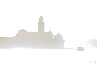 L'ile San Michele in Isola vanishing in the fog.(Venise, Octobre 2006)
