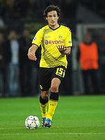 FUSSBALL   CHAMPIONS LEAGUE   SAISON 2011/2012  Borussia Dortmund - Arsenal London        13.09.2001 Mats HUMMELS (Borussia Dortmund) Einzelaktion am Ball