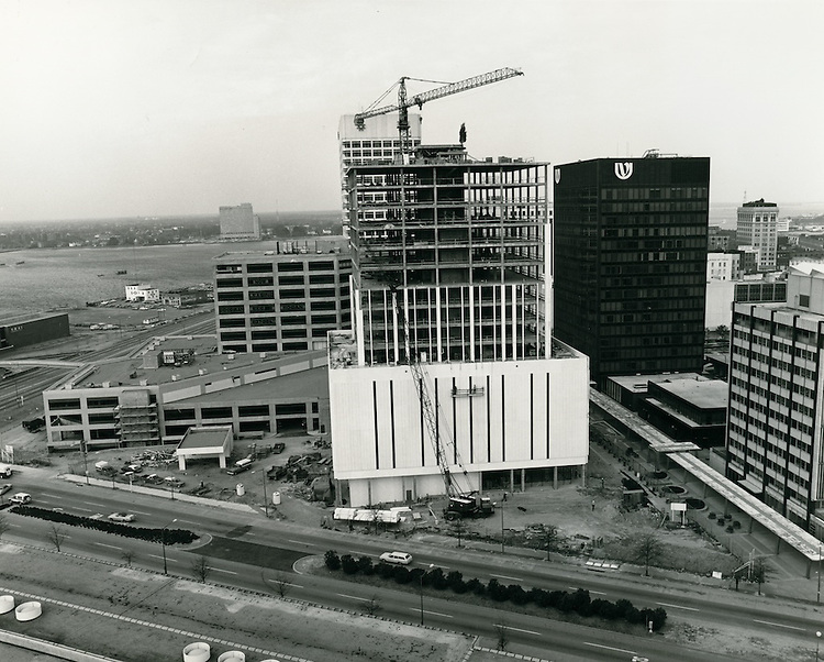 1976 March..Redevelopment.Downtown South (R-9)..Financial District.Main Street.First Virginia Tower construction.Royster Building construction...NEG#..