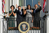 US President Barack Obama (R), First Lady Michelle Obama (2R), Italian Prime Minister Matteo Renzi (2L) and Italian First Lady Agnese Landini (R) wave from the Truman Balcony at the conclusion of an official arrival ceremony on the South Lawn of the White House in Washington DC, USA, 18 October 2016. Later today President Obama and First Lady Michelle Obama will host their final state dinner featuring celebrity chef Mario Batali and singer Gwen Stefani performing after dinner. <br /> Credit: Shawn Thew / Pool via CNP