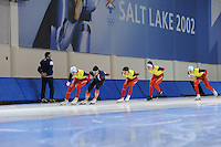 SCHAATSEN: SALT LAKE CITY: Utah Olympic Oval, 12-11-2013, Essent ISU World Cup, training, Bart Swings (BEL), Ewen Fernandez (FRA), Maarten Swings (BEL), Ferre Spruyt (BEL), Wannes van Praet (BEL), ©foto Martin de Jong