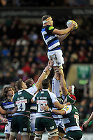 Tom Ellis of Bath Rugby wins the ball at a lineout. Aviva Premiership match, between Leicester Tigers and Bath Rugby on November 29, 2015 at Welford Road in Leicester, England. Photo by: Patrick Khachfe / Onside Images