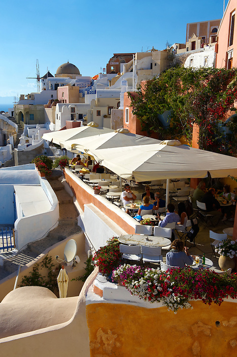 oia ( Ia ) Santorini Town- Greek Cyclades islands - Photos, pictures and images