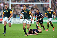 Handre Pollard of South Africa goes on the attack. Rugby World Cup Pool B match between South Africa and the USA on October 7, 2015 at The Stadium, Queen Elizabeth Olympic Park in London, England. Photo by: Patrick Khachfe / Onside Images
